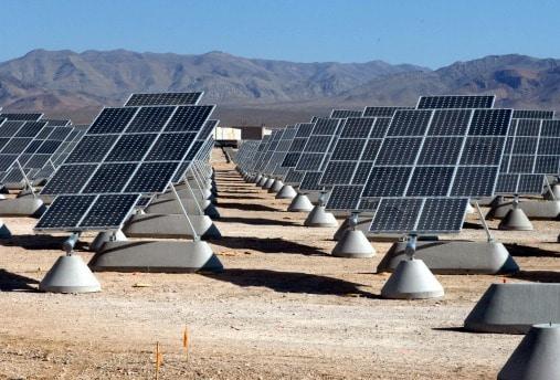 Sejarah Pembangkit listrik tenaga surya